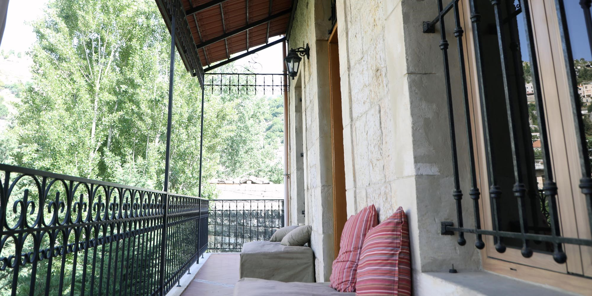 Meouchy Guesthouse